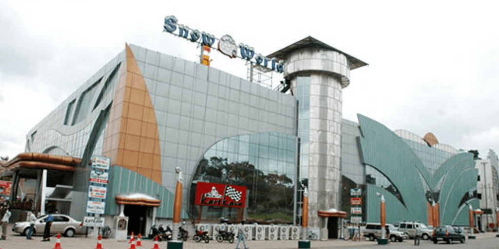 places to visit in Hyderabad in one day-Snow world