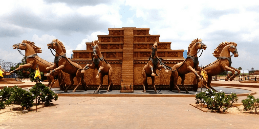 places to visit in Hyderabad in one day-Ramoji Film City