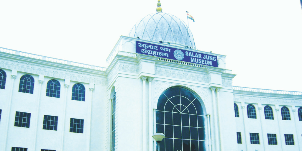 places to visit in Hyderabad in one day-Salarjung Museum
