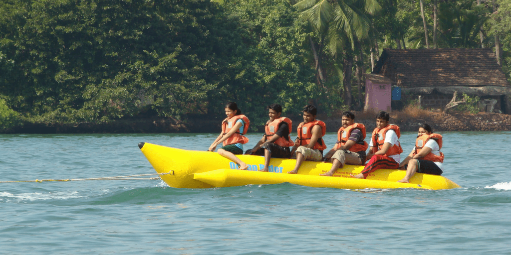 9 Best Water sports in Goa That You Must Give A Try-Banana Boat ride