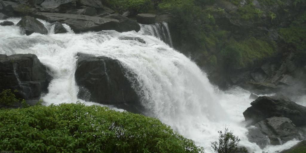 Trekking Destinations in Coorg-Mallali falls