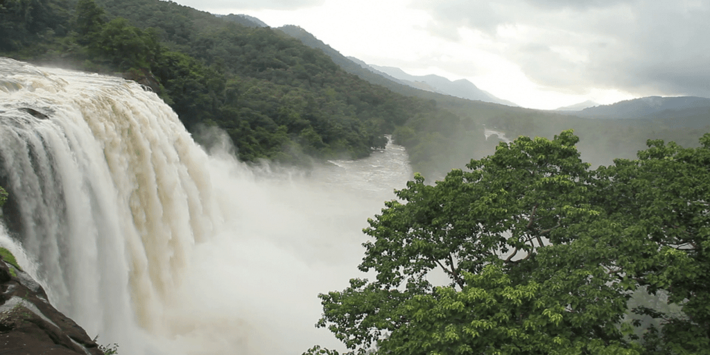 Tourist places in Kerala-Athirapilly waterfalls and vazhachal