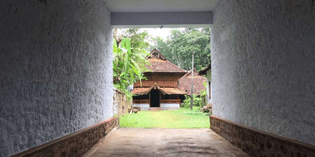 Places to visit near Kochi-poonjar palace
