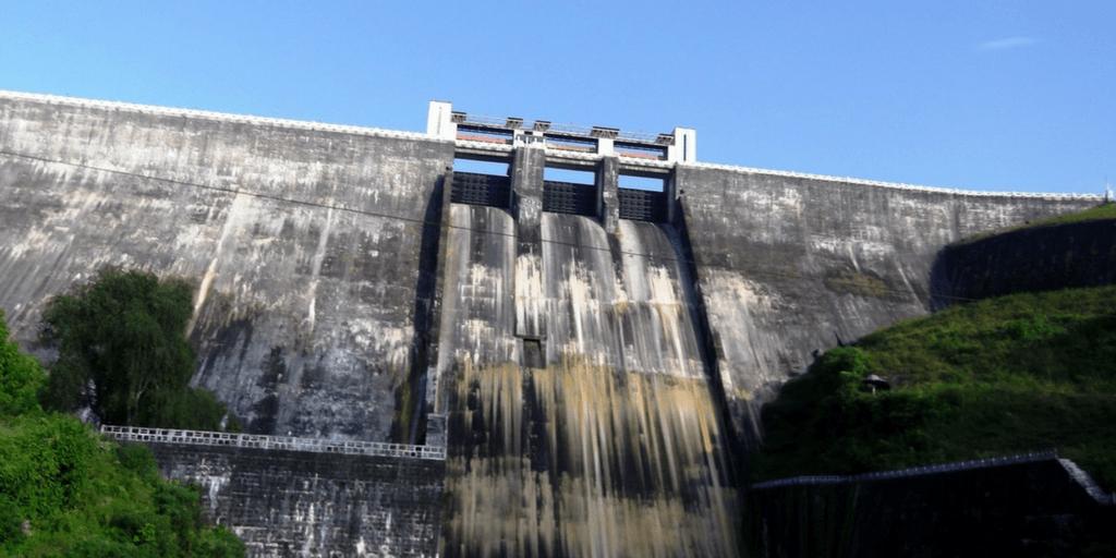 Places to visit near Kochi-Sholayar dam