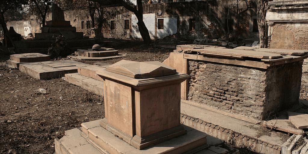 Haunted places in Delhi- Lothian cemetry