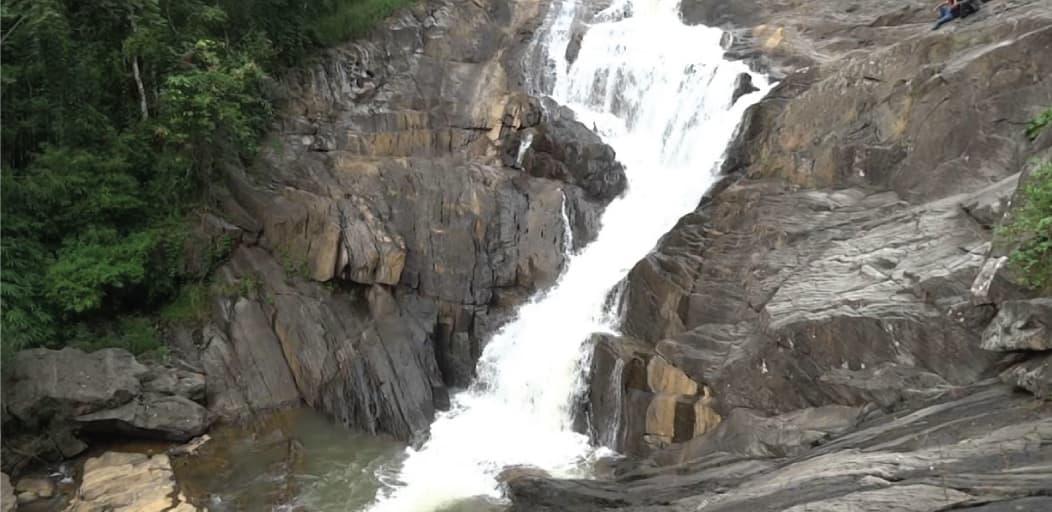 Places to visit in Wayanad in 2 Days - Kantharpara waterfalls