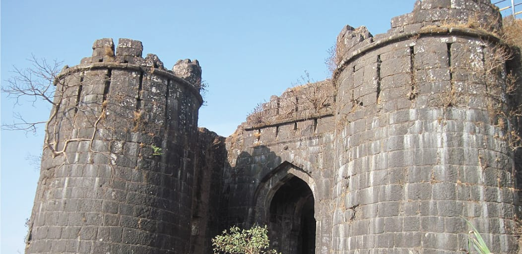 one day trips from Pune - Sinhagad Fort