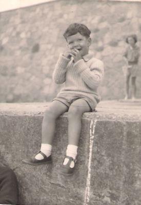 1960, Alex