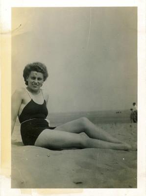 1940, Emily