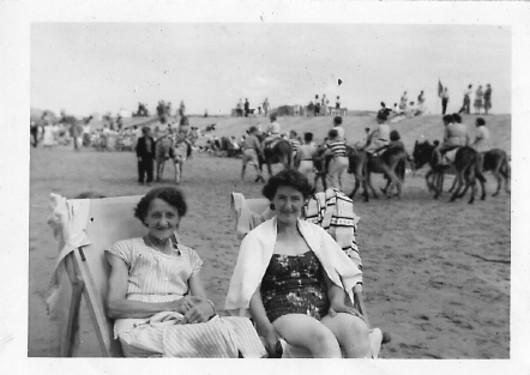 1940, Alison
