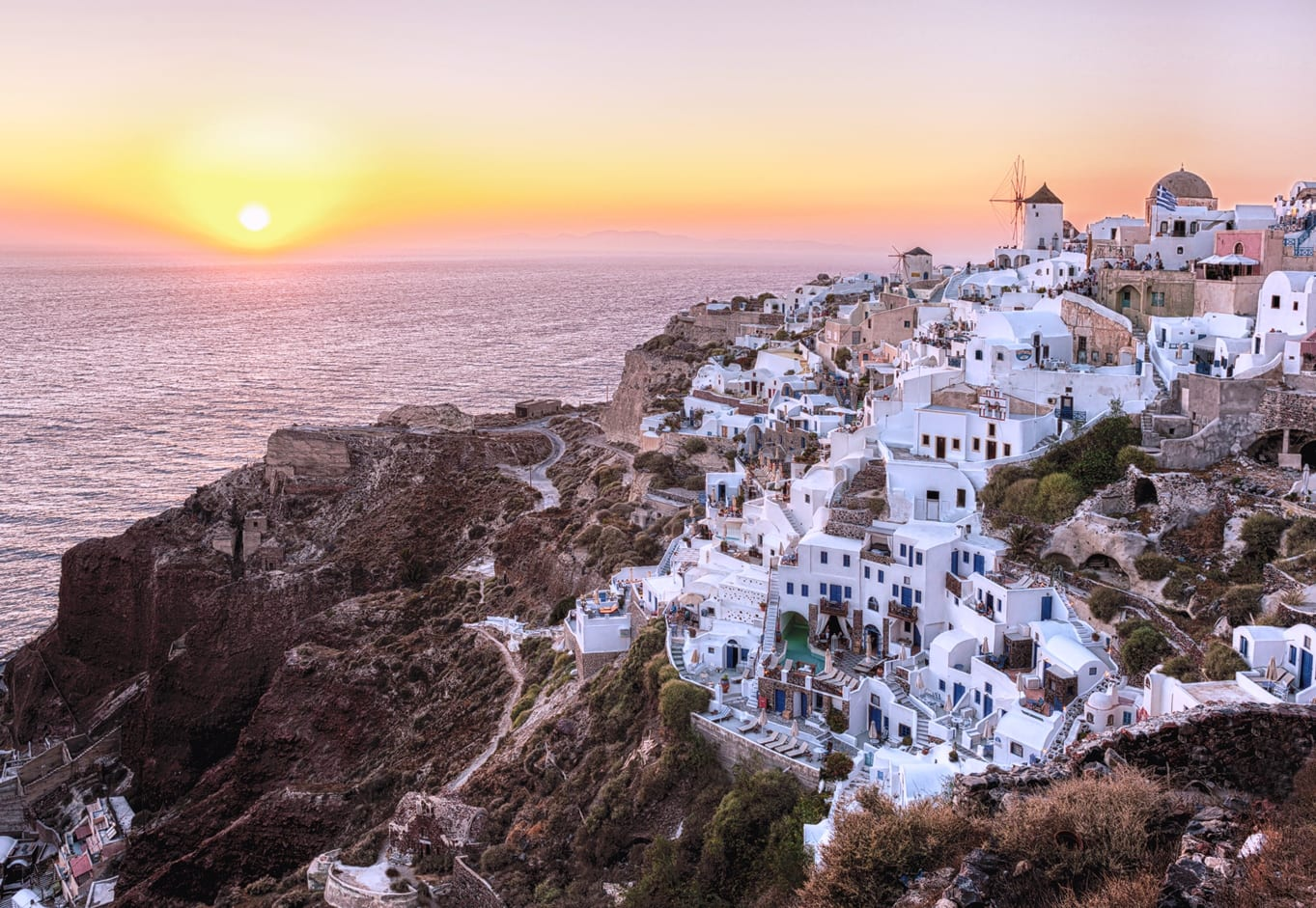 Oia vesnice na Santorini