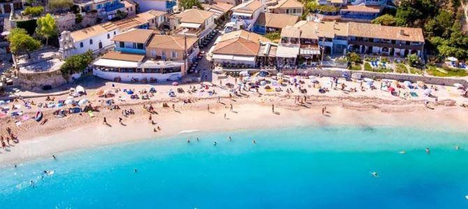 Lefkada, pláž Agios Nikitas, Řecko