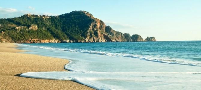 Alanya, pláž Damlatas, Turecko