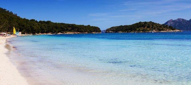 Mallorca, pláž Cala Formentor, Španělsko