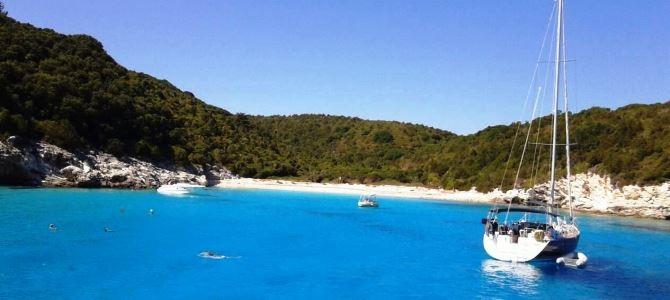 Antipaxos, pláž Voutoumi, Řecko