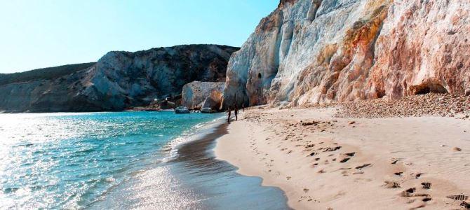 Ostrov Milos, pláž Kleftiko, Řecko