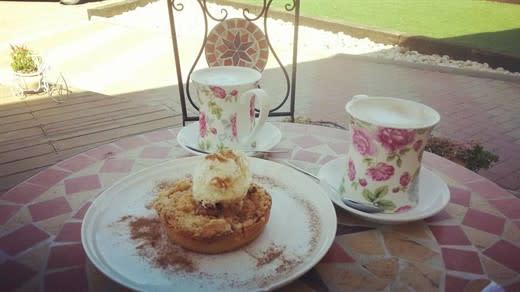 בית קפה אחותי