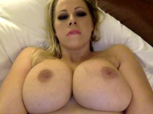 Gianna michaels blonde