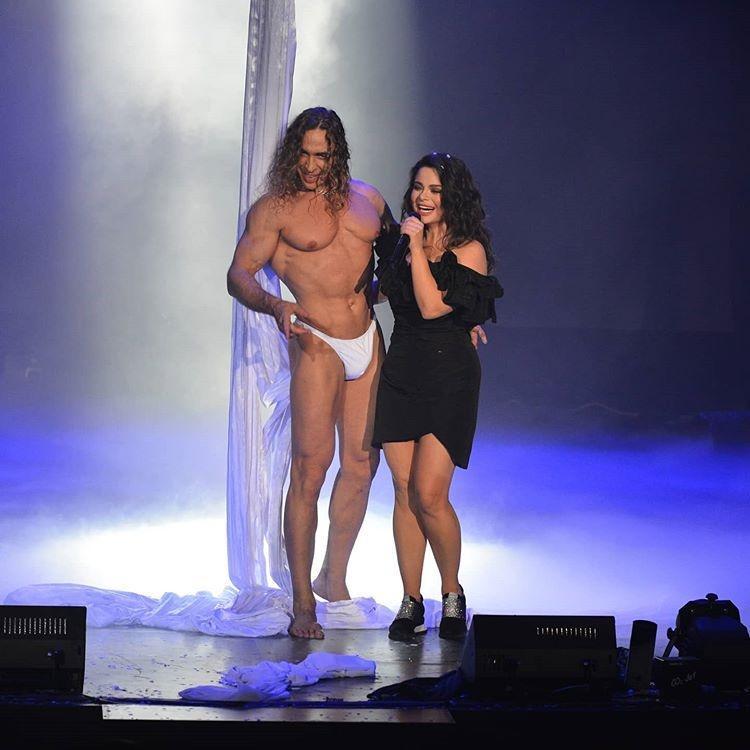Наташа Королёва положительно относится к «голым» снимкам своего мужа Сергея Глушко