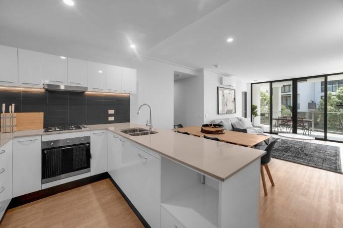 Eton Apartments - 78 Depper Street, St Lucia