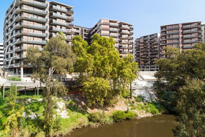 Riverbank – The Park House - 631 Victoria Street, Abbotsford