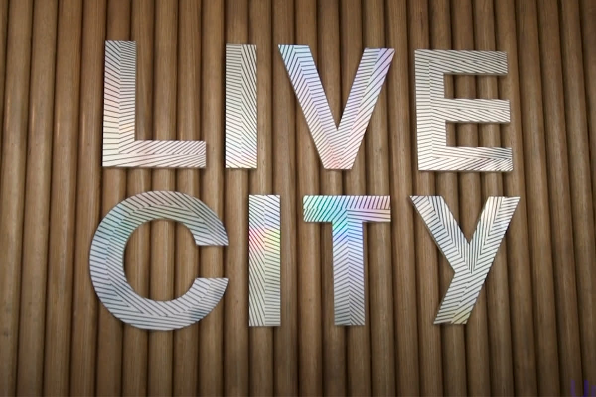 Urban's tour of the Live City display suite
