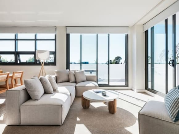 Urban's tour of a completed Bloom Arncliffe apartment