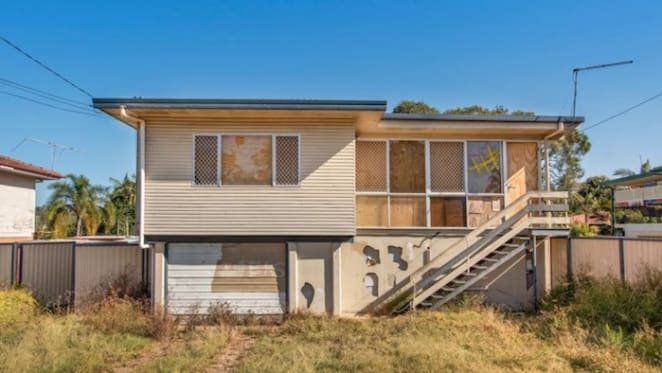 Big loss on derelict Kingston, Logan City weekend auction offering