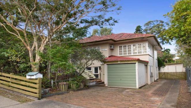 Three bedroom Bulimba house sold for $1,885,000