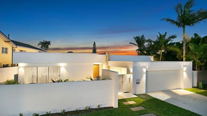 Contemporary Sorrento house listed for $1.55 million plus