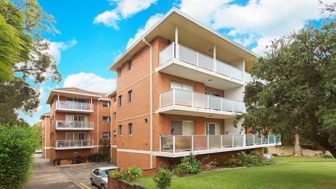 Ben Barba lists Caringbah South investment apartment