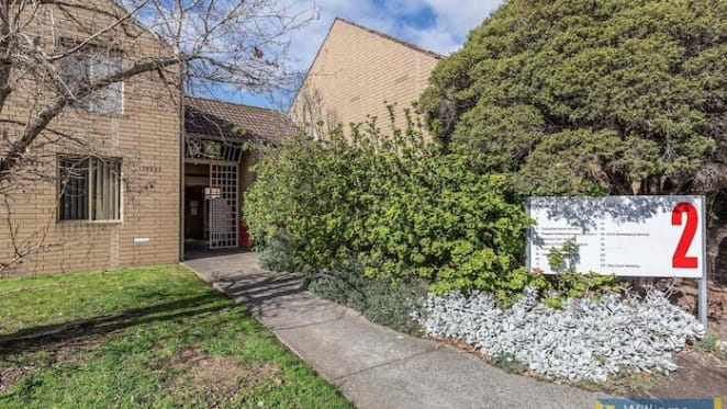 Williamstown work studio sells for $255,000 under the hammer