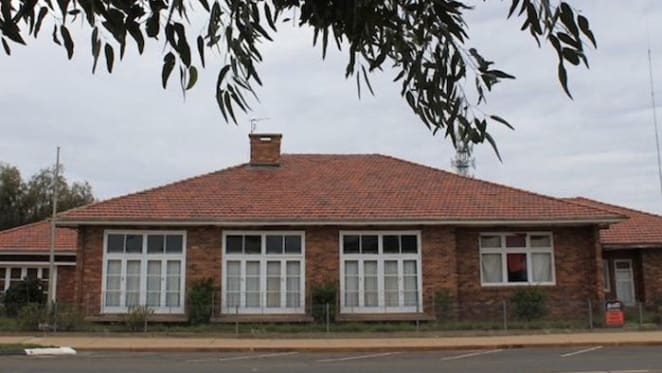Vacant RSL building at Cunnamulla for sale
