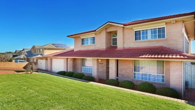 Sydney's total spring 2017 property listings up by almost 19%: CoreLogic