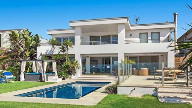 Louise King's Narrabeen beachfront still listed
