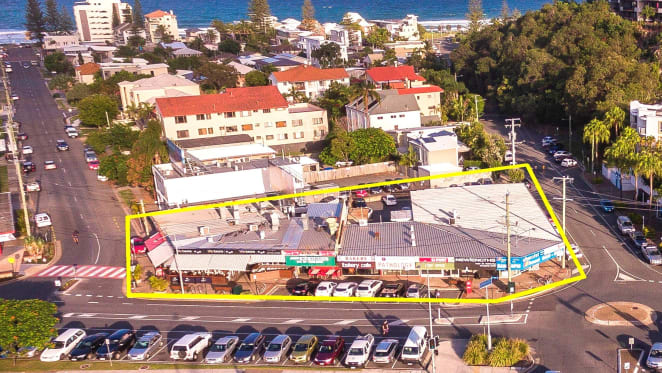 Investment property at Gold Coast's Mermaid Beach sells under the hammer for $9 million