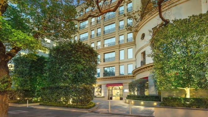 Toni Franchi-decorated St Kilda Road, Melbourne apartment listed for sale