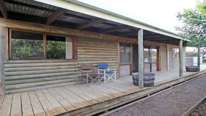 Coastal three bedroom Port Wilunga house sold for $325,000