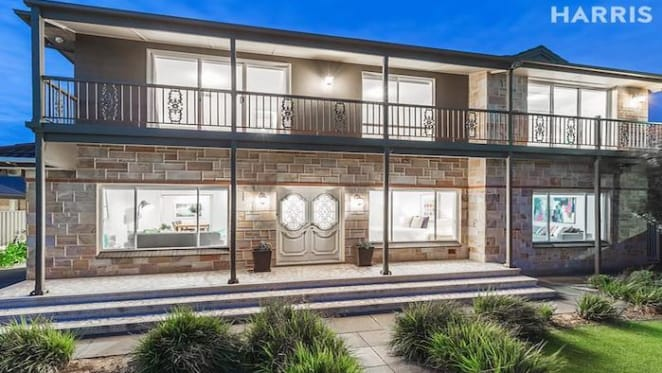 Former Adelaide Crow Paddy Dangerfield lists former Henley Beach home