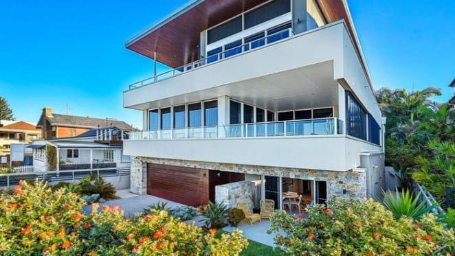 Bilinga trophy home sets a record and sells for $4 million