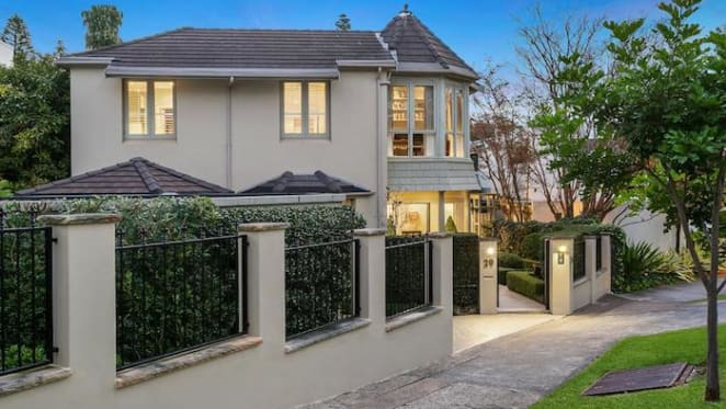 Lesli Berger lists Bellevue Hill home