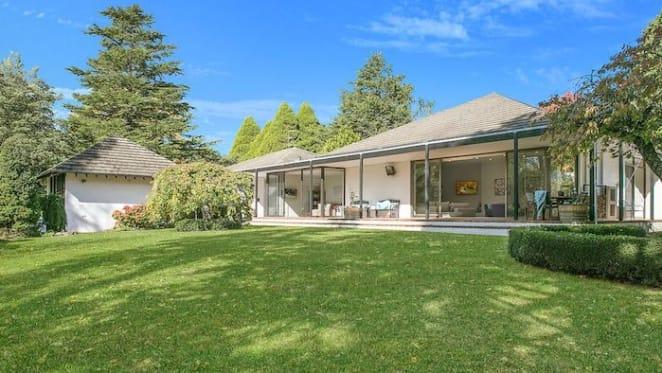 Allan Jack + Cottier designed Normandie Park, Exeter trophy home sold
