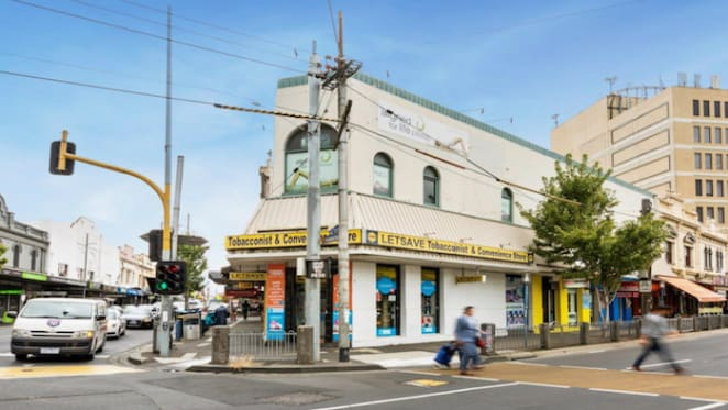 Clothes and fashion retailers sign leases in Moonee Ponds retail strip