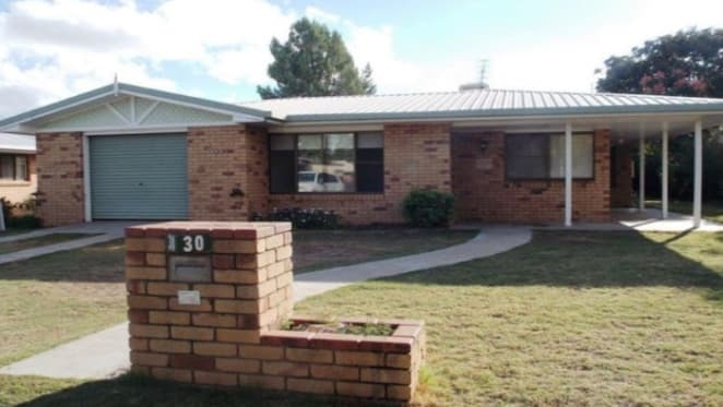 Bargain property in Chinchilla? 1980s home set to sell for half of 2012 sale price