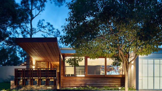 Shaun Lockyer-designed trophy home at Wights Mountain, Queensland sold