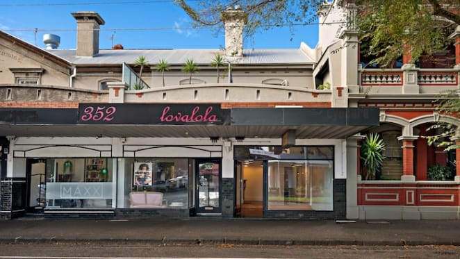 Entry-level retail investment properties in Port Melbourne up for auction