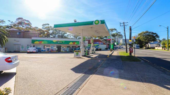 Penshurst BP service station sells under the hammer for $2.6 million