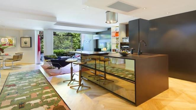 1930s Potts Point apartment listed for sale