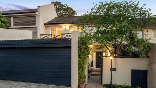 1980s Woollahra home sold for first time