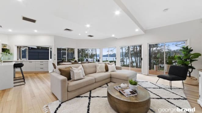 Lakefront family home in Avoca Beach sold